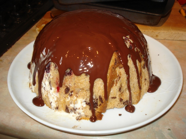 winter pudding bombe, dripping with chocolate