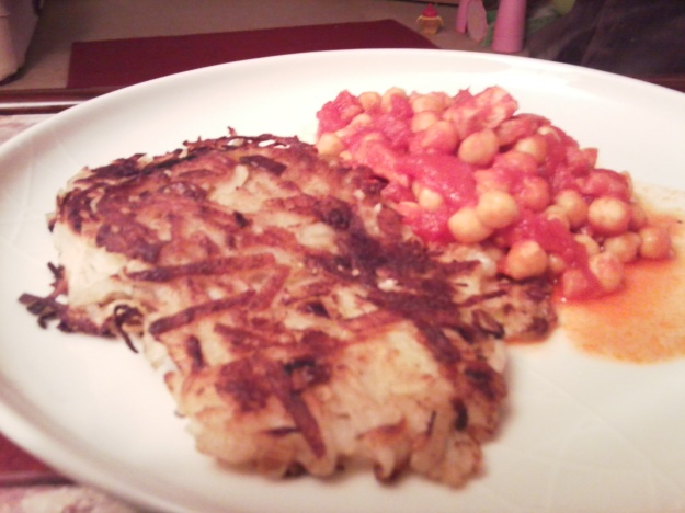 leek rosti with tomato & chickpea stew