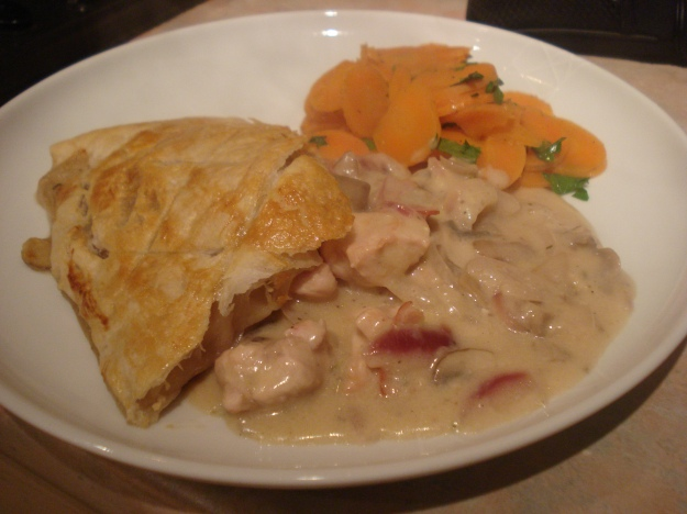 30 minute chicken pie with smashed carrots